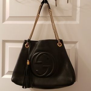 GORGEOUS GUCCI SOHO CHAINED SHOULDER BAG